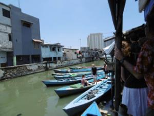 bootjes 300x227 - Reis log Indonesië: Java & Bali