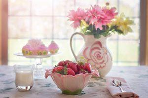 strawberries 783351 1920 300x200 - Koken met Heleen: Halloumi met aardbeiensalsa!
