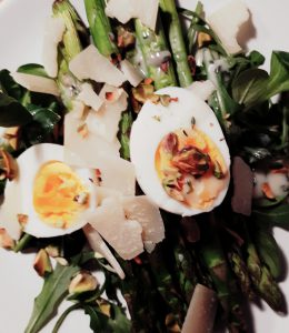 20190407 143238 260x300 - Koken met Heleen: Salade van geroosterde groene asperges!
