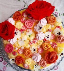 20190511 131250 269x300 - Bakken met Heleen: Vrolijke lentetaart met bloemen!