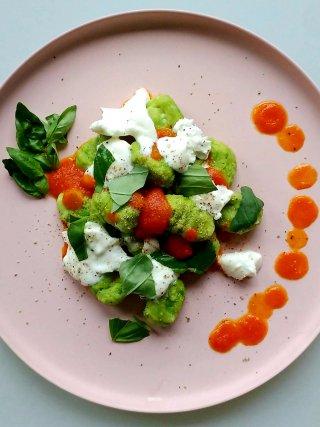 gnocchi doperwten tomatensaus