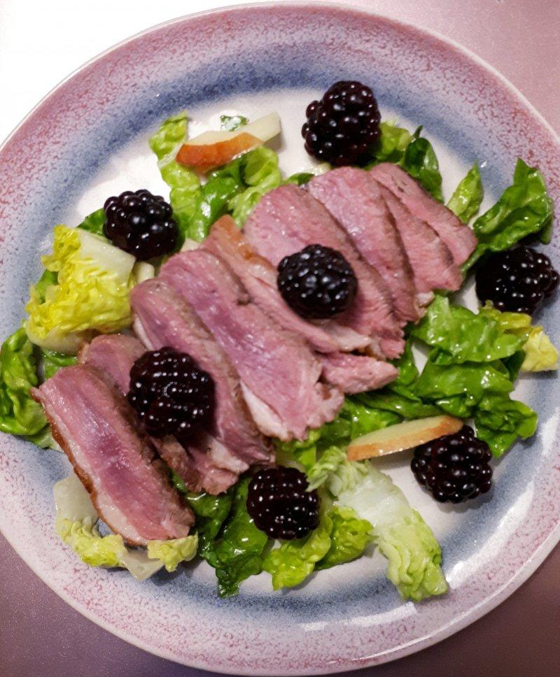 salade eendenborst bramen